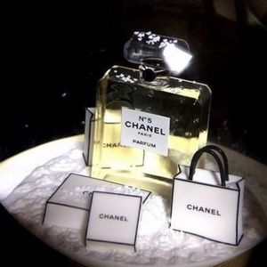 CHANEL Accents - NEW: Chanel Ultra Rare Snow Globe